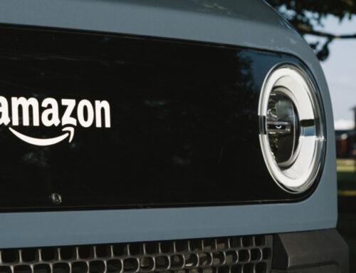 Amazon ya comenzó a hacer entregas con las furgonetas eléctricas de Rivian.