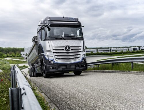El Mercedes-Benz GenH2 Truck (powered by Fuel Cell/Hydrogen) comenzará sus sus test en carretera.