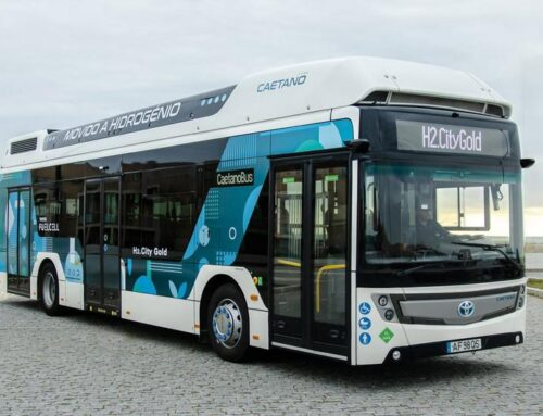 Buses eléctricos Toyota Caetano con baterías o H2 fuel cell
