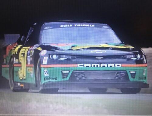 Un americano en Goodwood…un Chevrolet Camaro del NASCAR no pasó el test de la colina.