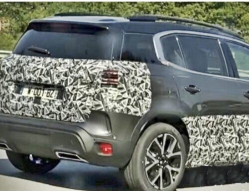 El Citroën C5 Aircross es visto camuflado escondiendo un próximo restyling.