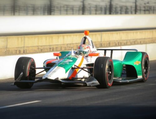 Ricardo Juncos regresará a la IndyCar a tiempo completo asociado al empresario Brad Hollinger. El equipo se llamará Juncos Hollinger Racing y gracias al aporte económico recibido no tendrá que depender de pilotos de pago para subsistir.