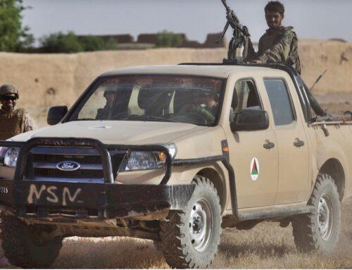 El gobierno de los Estados Unidos calcula haber dejado casi 65.000 Ford Rangers y Humvees en Afganistán