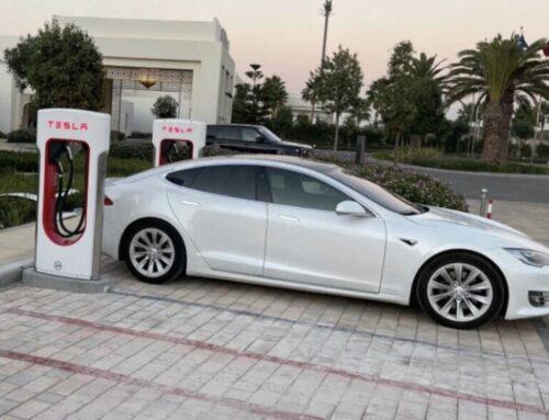 Ecología / Tesla abre sus primeros Superchargers en África. Quedan como olvidadas América Latina y Rusia.